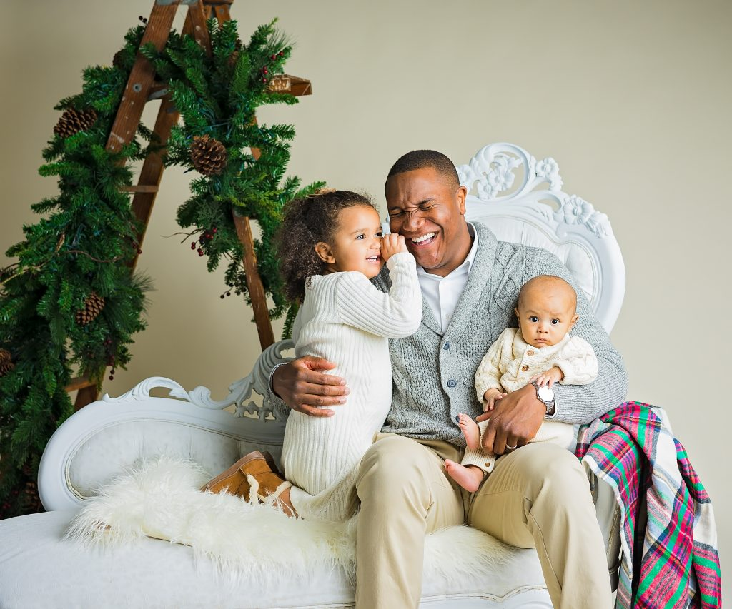 Holiday Family Photo Session by Lin Ellen Studios in Vineland NJ