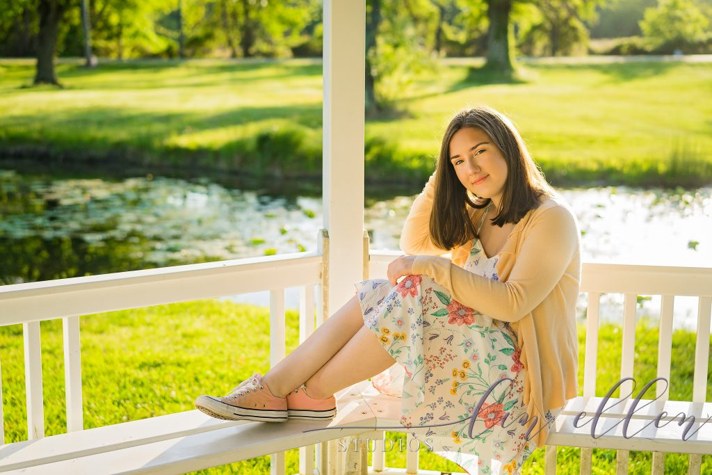 Senior Portraits by Lin Ellen Studios